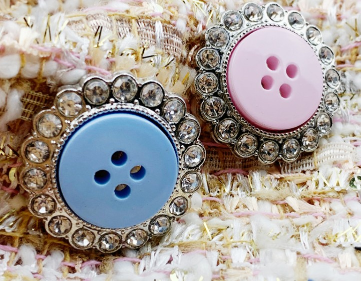 10 pieces High grade fashion Rhinestone metal jacket buttons shirt Sweater button Decorations Accessories 28mm Free