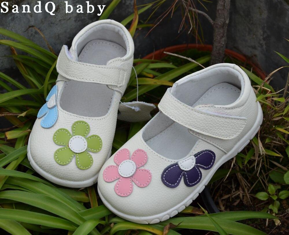 Filles chaussures en cuir véritable noir mary jane avec des fleurs blanc rose enfants chaussures bonne qualité stock petits enfants belle chaussure