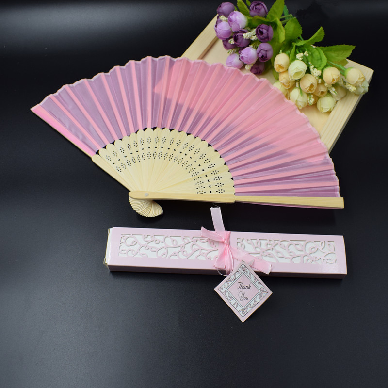100pcs lot Pink Personalized Bride Groom s Name Date Silk Wedding Hand Fan with Organza Gift