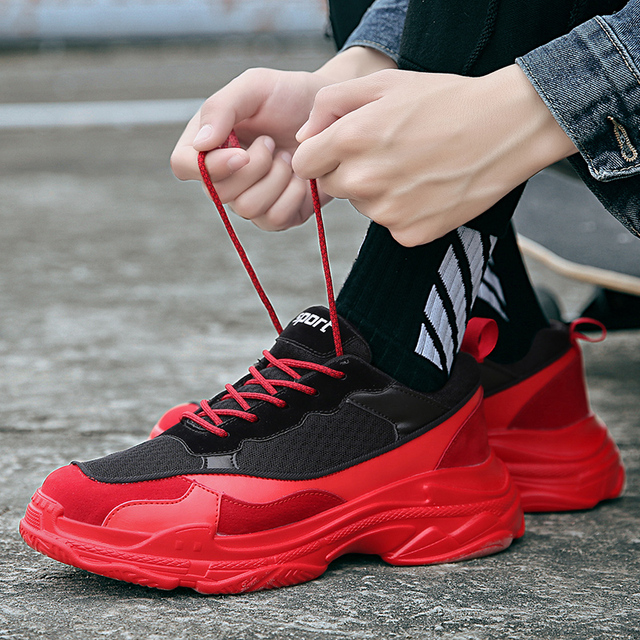 Mens Hot Black Red Sport Shoes Young Boys Motion Tide Fitness Sneakers Four Seasons Resistant Training Shoes Male Comfortable