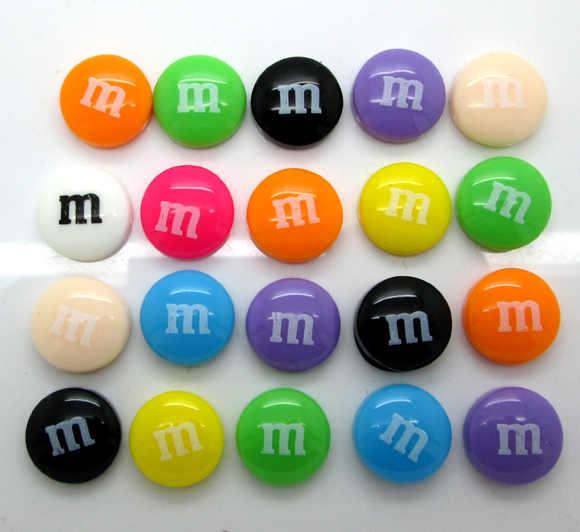 50 Uds. 14mm resina mixta decoración artesanía letra M cuenta Flatback cabujón álbum de recortes DIY accesorios botones