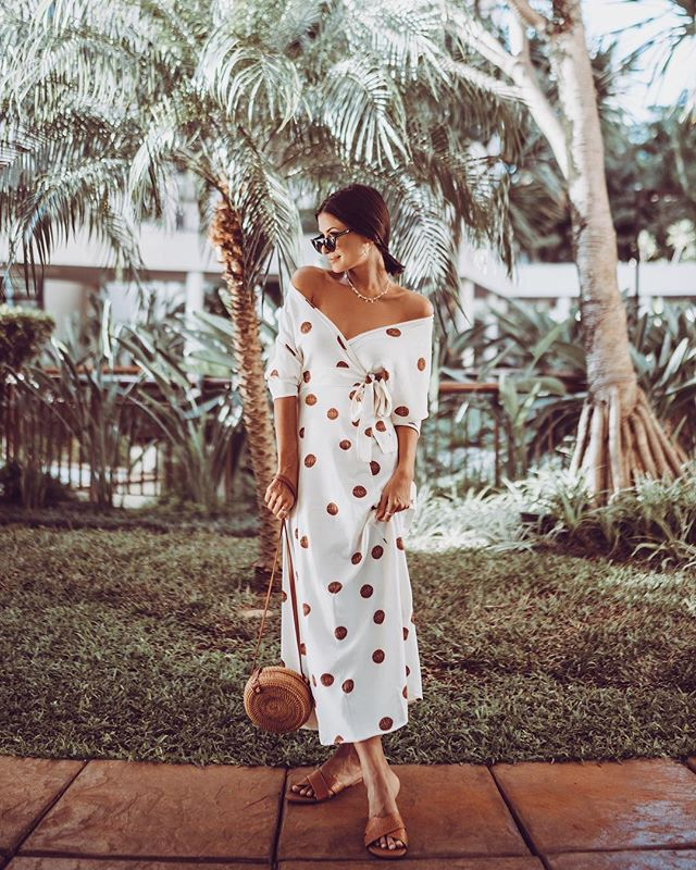 Plus Size 2019 Women Summer Vintage Sexy Off Shoulder V Neck Bandage Dot Dress Women Party Night Elegant Maxi White Dress in Dresses from Women 39 s Clothing