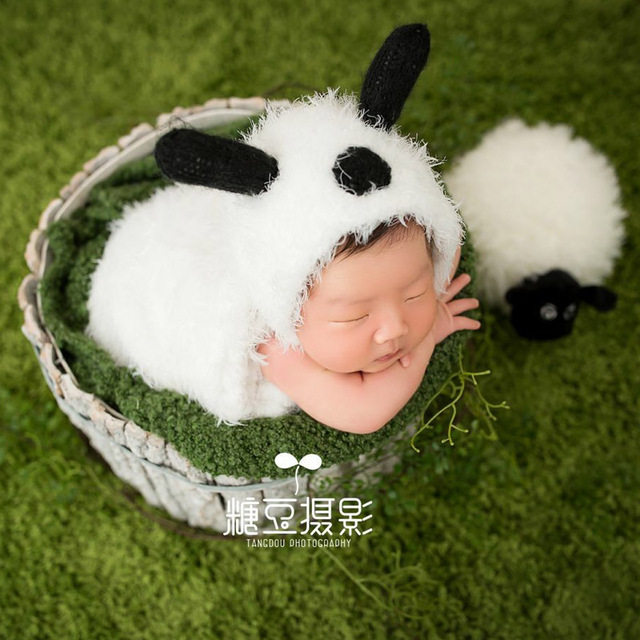 595ecfec945 Cute sheep hat sleeping bag baby photography props soft plush lamb animal  photo props infant fotografia studio photo accessories