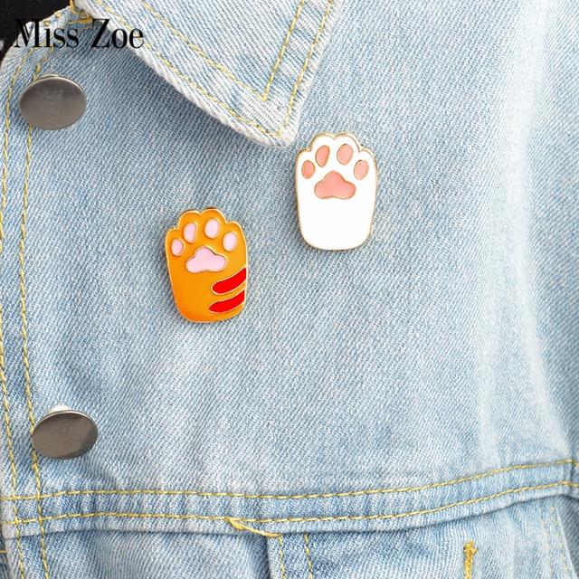 Miss Zoe 2 Pcs/set Enamel Jarum Lucu Kartun Oranye Putih Kucing Kitten Mengais Bros Pins DIY Lencana Hadiah Perhiasan untuk wanita Perempuan Anak-anak