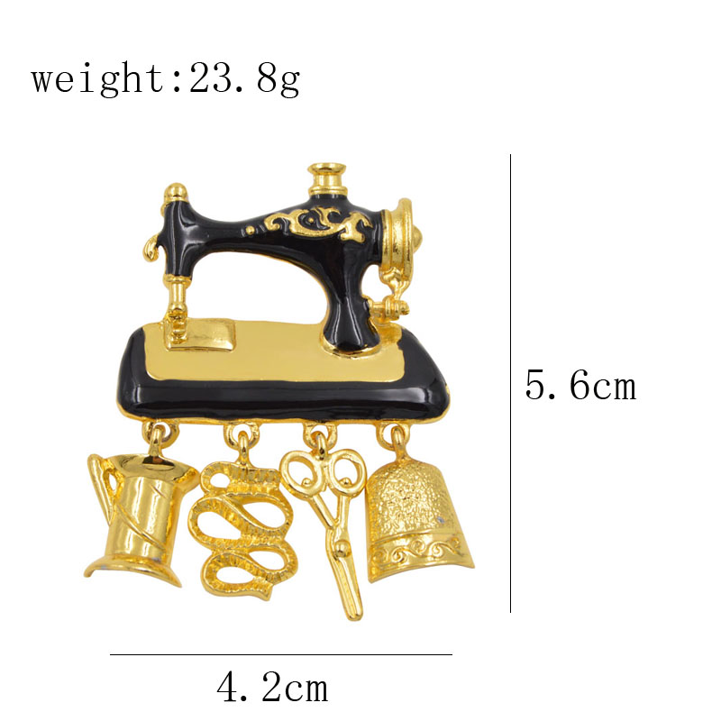 Brooche - Black Enamel Vintage Sewing Machine 1