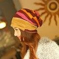 Nuevo Conjunto de Moda de Corea Sombrero Encepado Turbante Raya Colorida Tapa delgada de Primavera Y de Invierno Las Mujeres de Algodón Skullies Gorros Fresco sombrero