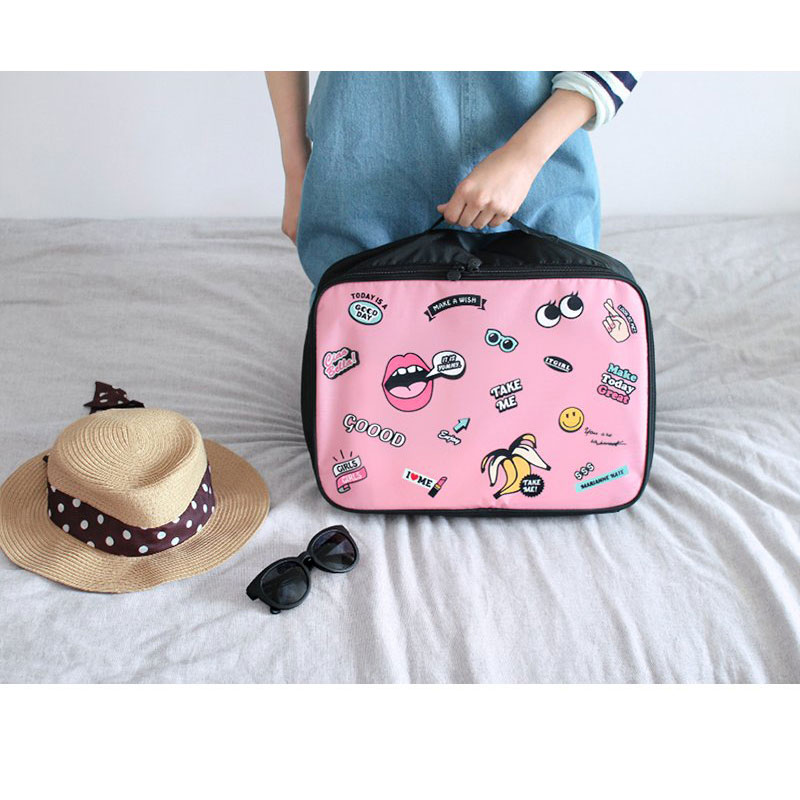 Large Capacity Cute Cartoon Character Printing Womens Travel Bags Light Weight Pretty Style Nylon Carry On Bags
