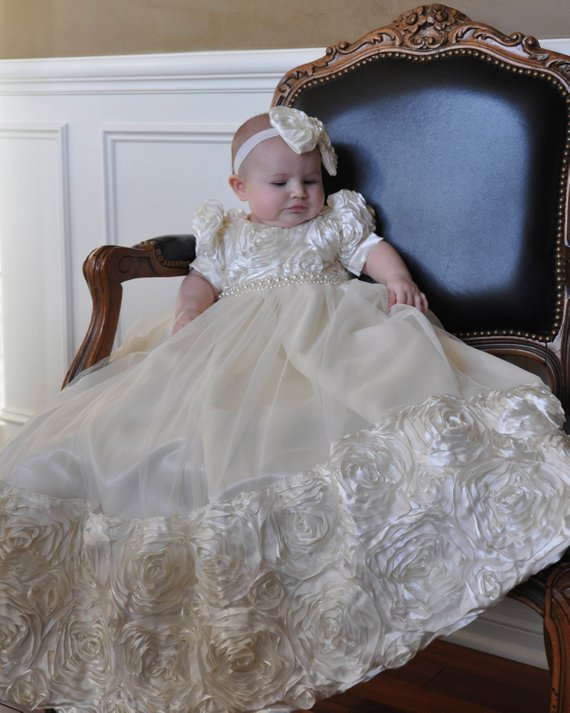 Ivory White Rosette Christening Gown Baby Girls Baptism Gown Short Sleeve O Neck Infant Girls Dedication Gown Christening Dress cute short sleeve round neck ruffled balll gown dress for girls