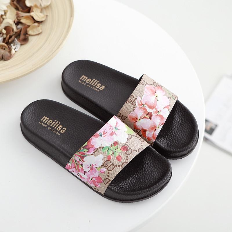 2018 Summer Fashion Versatile Flat-bottomed Word Slip Non-slip Sequins Flat With A Word Thick Platform Slippers Women Flip Flops