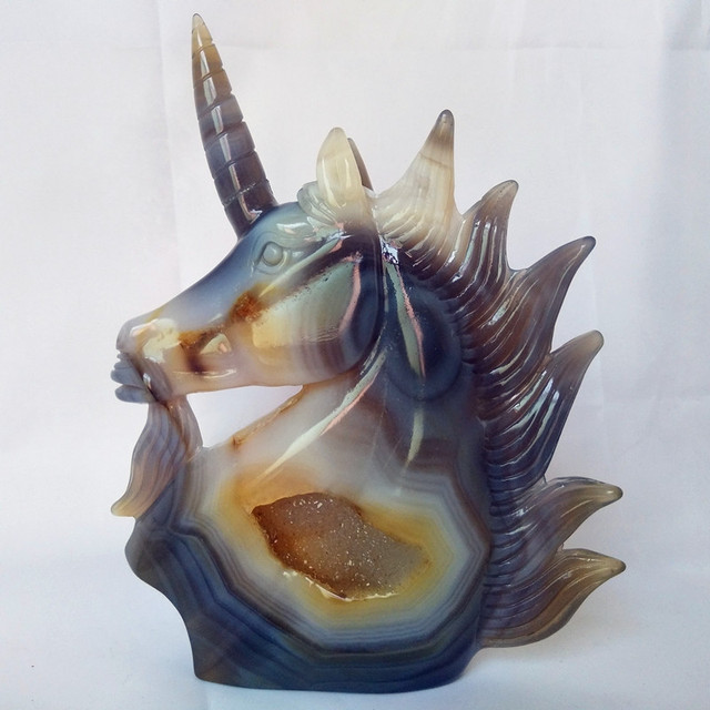 A Natural stone agate crystals cluster carving unicorn crystal skull creative carving home decoration noble and pure