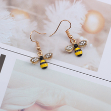 Cute Animal Creative Earrings Rhinestone Honey Bee Exquisite Female Cartoon Gold Dragonfly Insect Jewelry