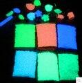 500g Luminoso que brilla intensamente de arena Colorida noctilucentes spall resplandor en la noche Deseando Piedra Arenisca Patio Decoración Del Arte Del Clavo Al Por Mayor