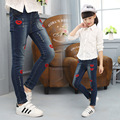 2017 New Arrival Kids Girl Designer Funky Jeans Femme Denim Pants Lips Appliques Kids Ripped Jeans Girls Spring Autumn Clothing