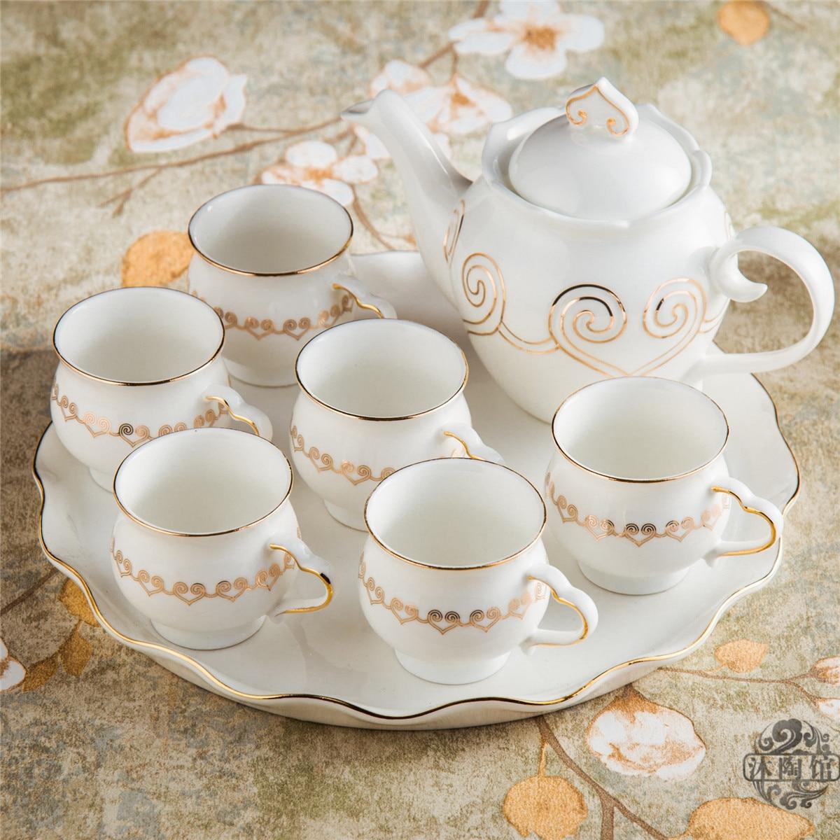 Ensemble de thé en céramique de style européen 8 pièces ensemble de thé en porcelaine avec plateau thé anglais après-midi thé aux fruits et thé aux fleurs