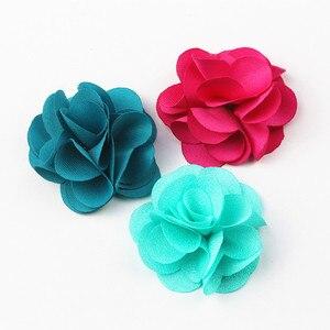 Image 3 - 100 Pcs לערבב צבעים מיני שיפון בד פרח עבור הזמנה לחתונה פרחים מלאכותיים עבור שמלת קישוט