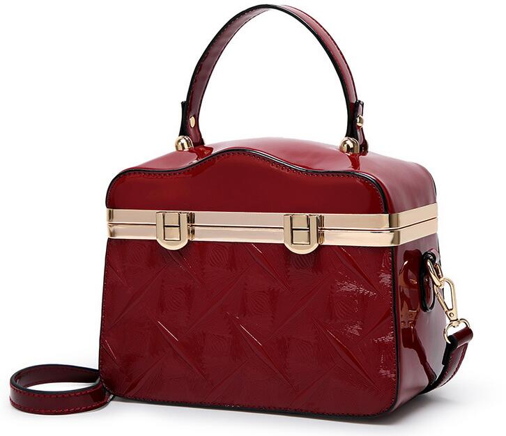 New Glossy Shoulder Bags for Women 2017 Designer Vintage Ladies Patent Leather Handbag Female Makeup Box Bags Black Blue B114 patent leather handbag shoulder bag for women