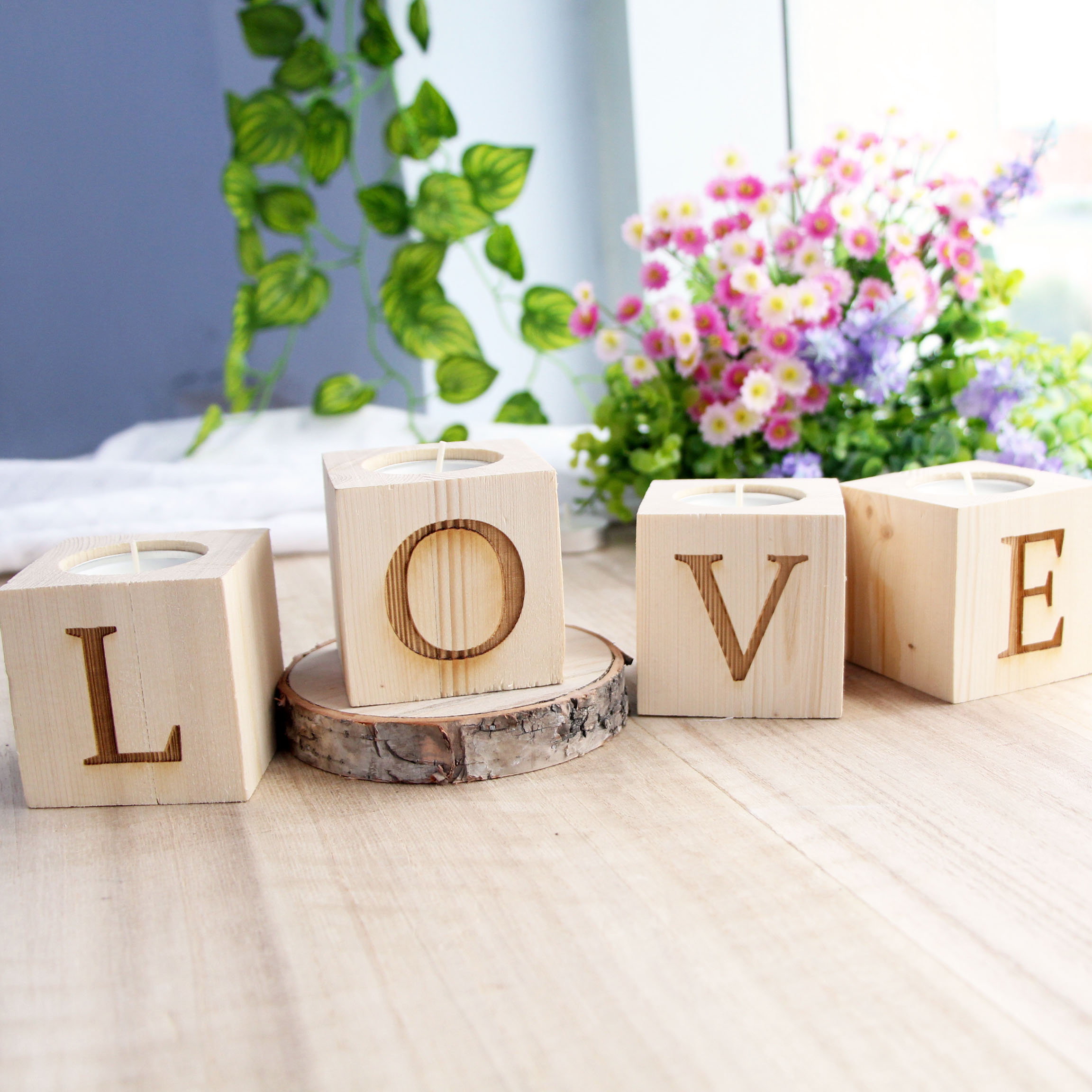 Love set simple modern candlestick romantic creative gift for Modern house gifts