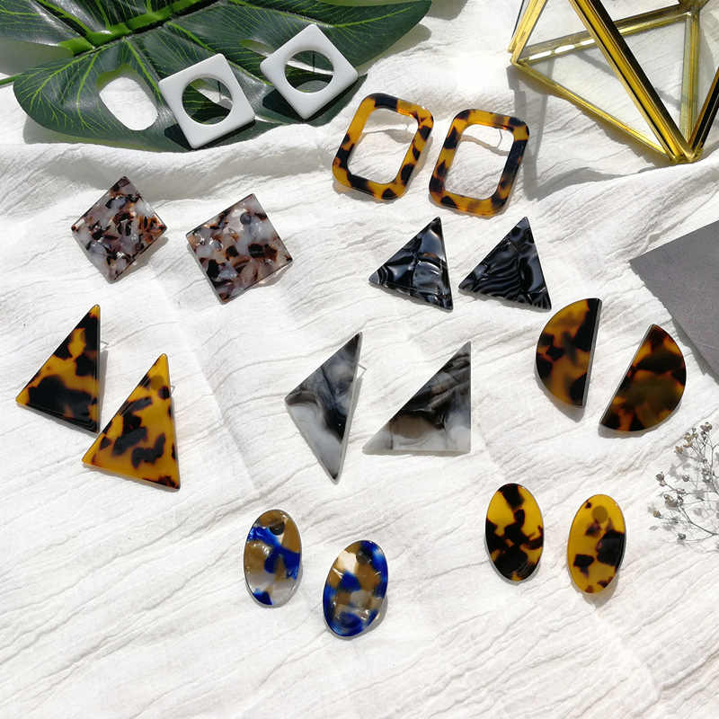 2018 New Acetate Resin Triangle Leopard Black White Earrings Tortoiseshell Earrings Geometric Stud Earrings Multicolor Earring