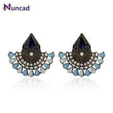 Charm Women's Rhinestone Crystal Stud Earrings Golden/Silvery Boucle Doreille Detalles Boda Regalos orecchini Jewelry Party