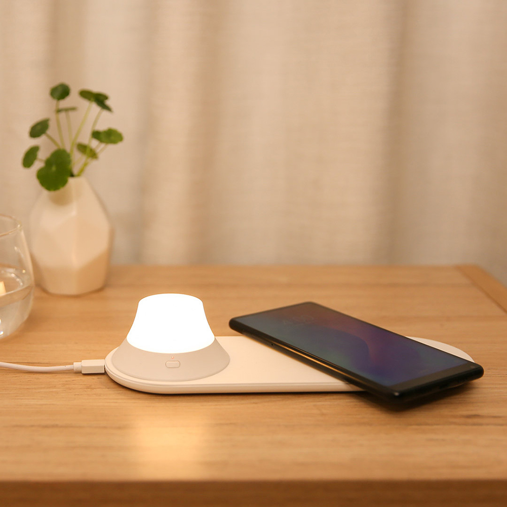 Yeelight Magnetic Attraction Fast Charging Wireless Charger with LED Night Light For iPhones Samsung Huawei Xiaomi H30