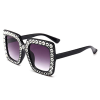 2018 New Fashion Women S Oversize Retro Square Sunglasses Green With Red Black Gold And Pink