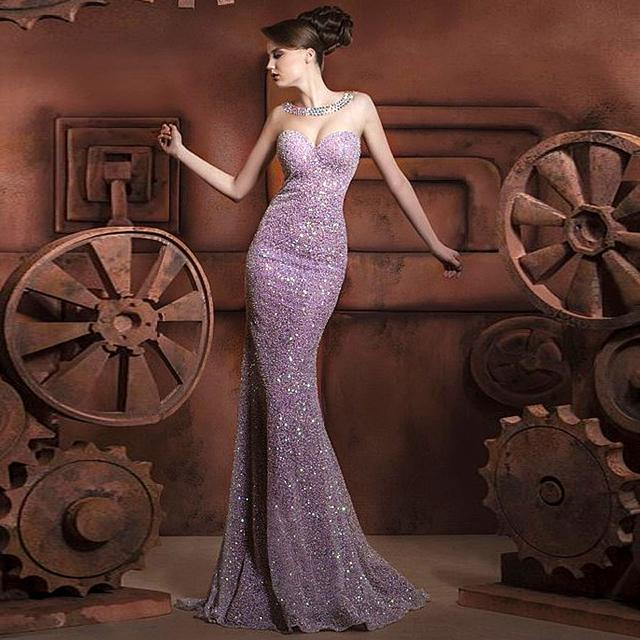 Fabulous púrpura brillante del brillo cristalino moldeado noche viste los Vestidos Vestidos De Festa terminación anormal Kleider fiesta De lentejuelas mujeres vestido