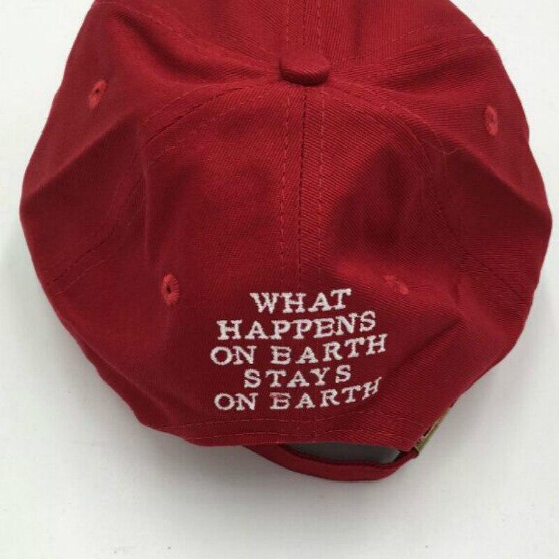 Che in shower vino rosso kendrick lamar dannatamente cap ricamo MALEDETTO. non  strutturati cappello papà bone donna uomo il rapper berretto da baseball in  ... 7abee0c83725