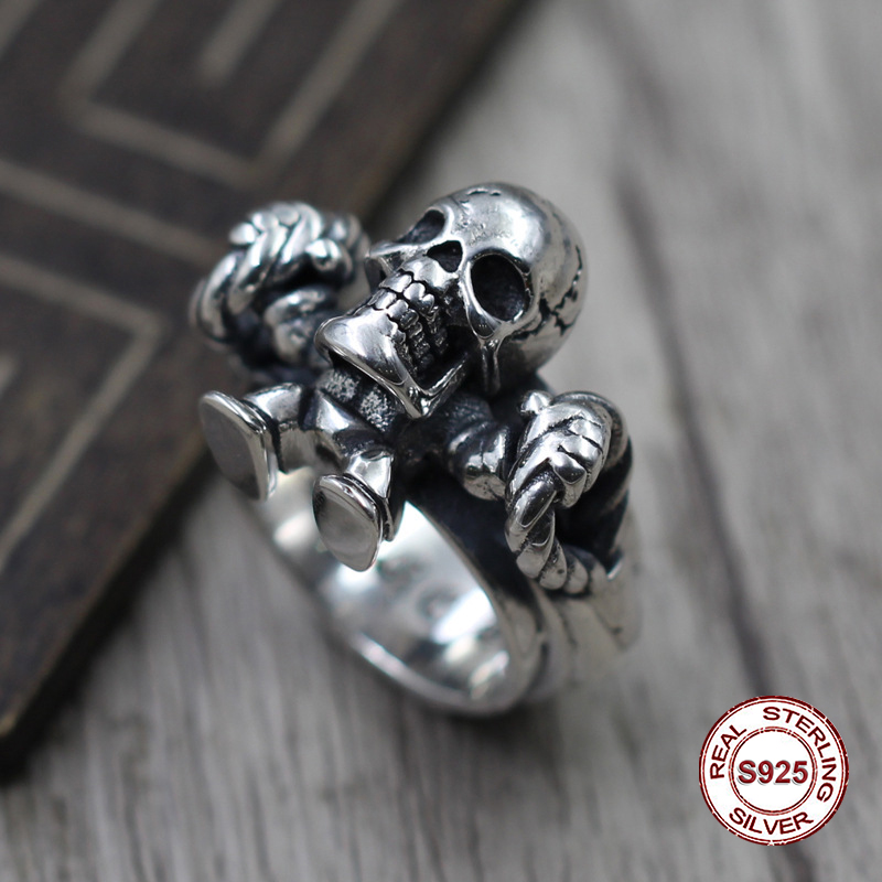 S925 pure silver men's ring personality Restoring ancient ways punk style Skull and bones pop classic ring Gift to your lover punk style pure color hollow out ring for women