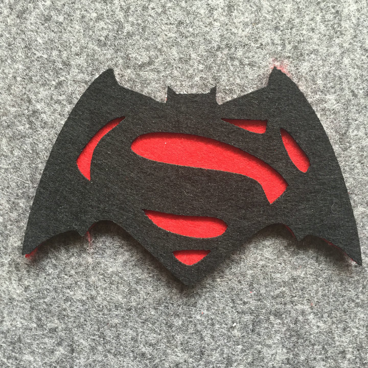 Freeshipping 6 pcs Batman vs Superman Superhero Felt Coaster Cup mats Cartoon Pad supply fabric