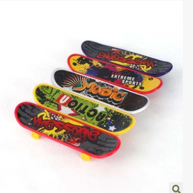 50pcs Mini Finger Skateboard Fingerboard For Tech Deck Alloy Stents Scrub Finger Scooter Skate Boarding Classic Game Boys Toys