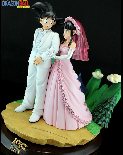 MODEL FANS MRC the same paragraph Dragon Ball Z 32cm goku and chichi marry gk resin action figure toy for Collection model fans in stock dragon ball z mrc 30cm son gohan practice gk resin statue figure toy for collection