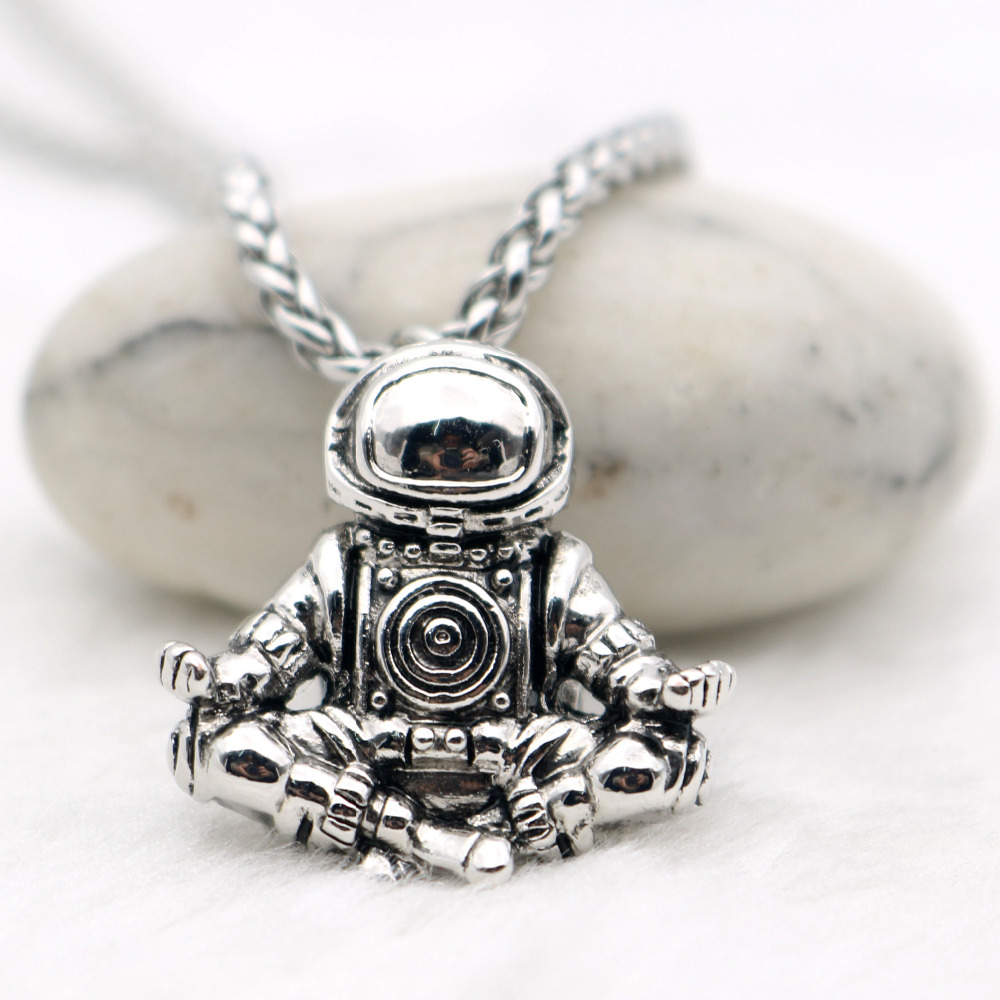 Astronaut Pendant Necklace Meditation Galaxy Universe Cosmic Spaceman Retro Women Men Necklace Steel Chains Real Leather Rope