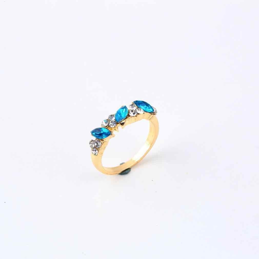 ใหม่ 1pcs Vintage สีฟ้าพราวคริสตัลเลียนแบบ Emerald Rhinestone Elegant Finger Ring
