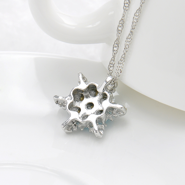 Flower Silver Necklaces & Pendants