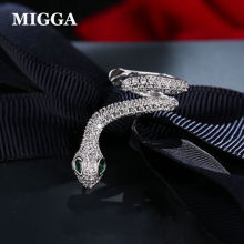 MIGGA 1PC CZ Zircon Crystal Snake Stud Earring Women Left Ear Cuff Green Stone Eye Fashion Punk Jewelry(China)