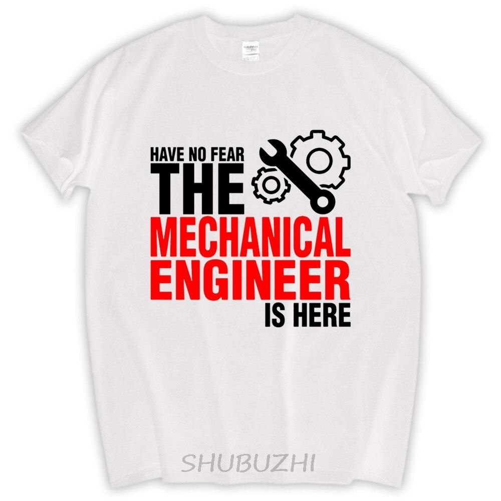 Desain t shirt unik - Desain T Shirt Unik Pria Desain Tidak Memiliki Rasa Takut Yang Insinyur Mekanik Sini Kemeja