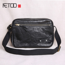 AETOO Vintage handmade mens bags, leather cowhide shoulder slanted fashion trend postman bags
