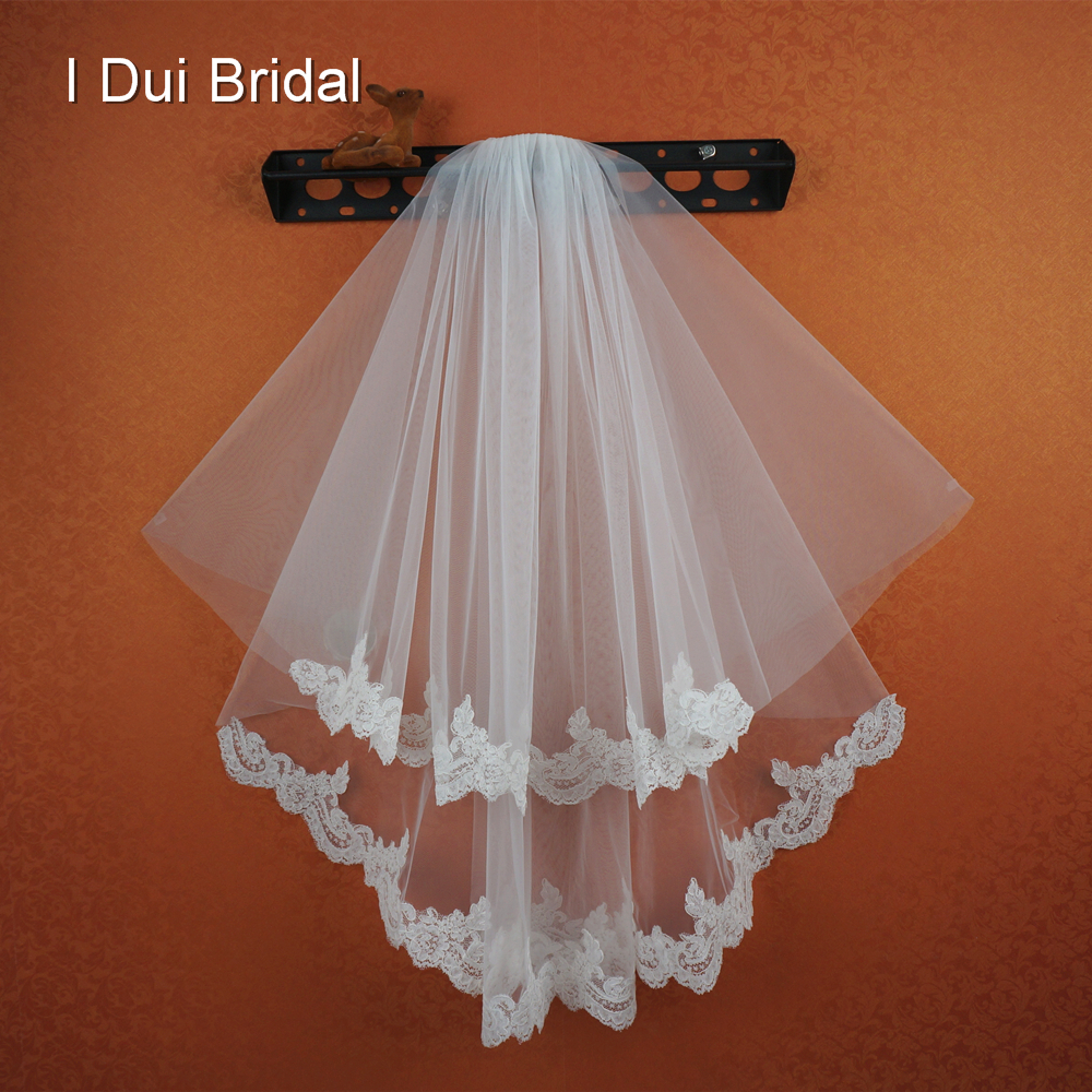 Two Layer Romantic Lace Bridal Veil Wedding Hair Accessory with Comb 2017 New Style Real Photo Epacket