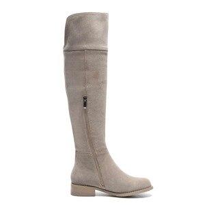 Image 3 - High Street Fashion Solid Zip Lederen Dij Hoge Laarzen Ronde Neus Lage Hakken Rome Elegante Vrouwelijke Over De Knie Laarzen L51