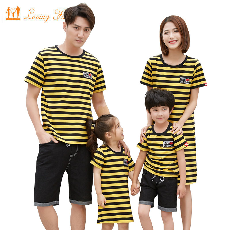 Family Matching Outfits 2018 Summer Mother daughter dresses Family Father Son T-shirt Jeans Shorts Set Fashion Family Clothing