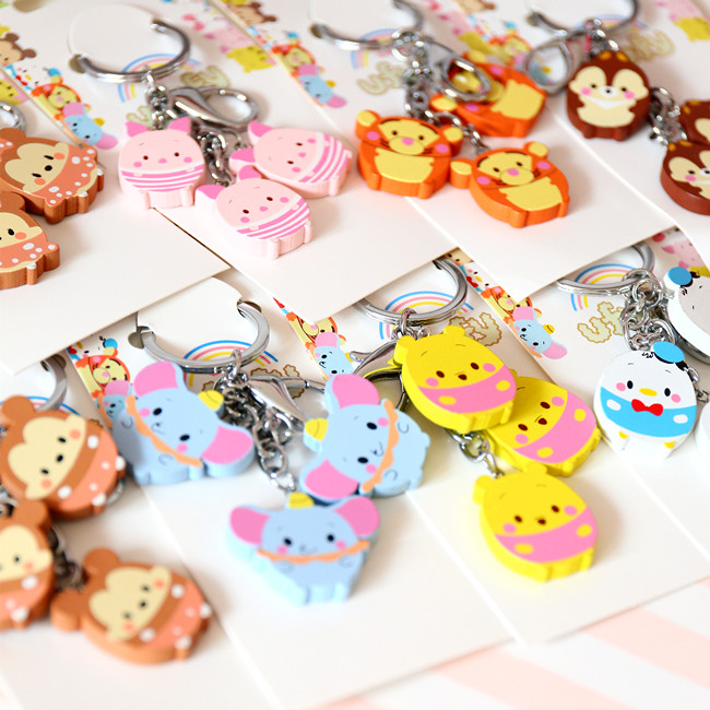New Cartoon UFufy Tsum Tsum Doll Wooden Key Chain Pendant For Girl Gifts