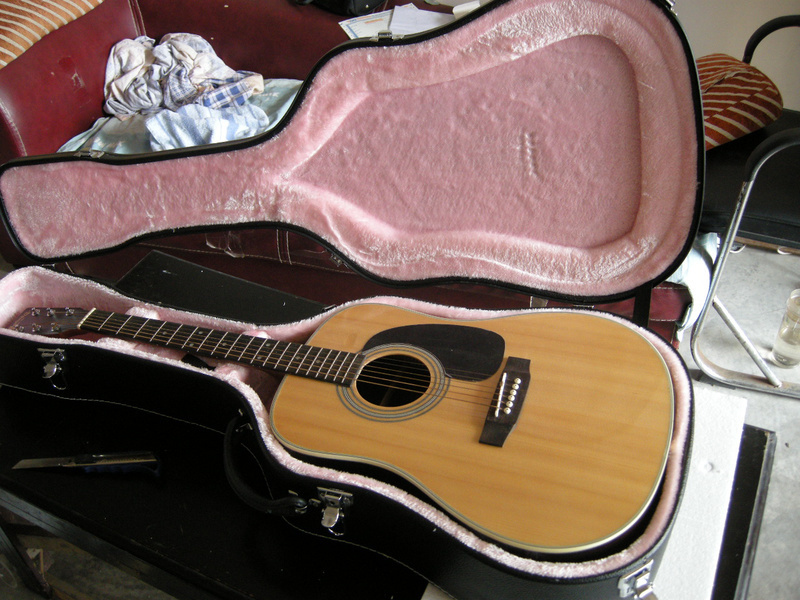 buy 2018 new factory round body acoustic guitar solid spruce top acoustic. Black Bedroom Furniture Sets. Home Design Ideas