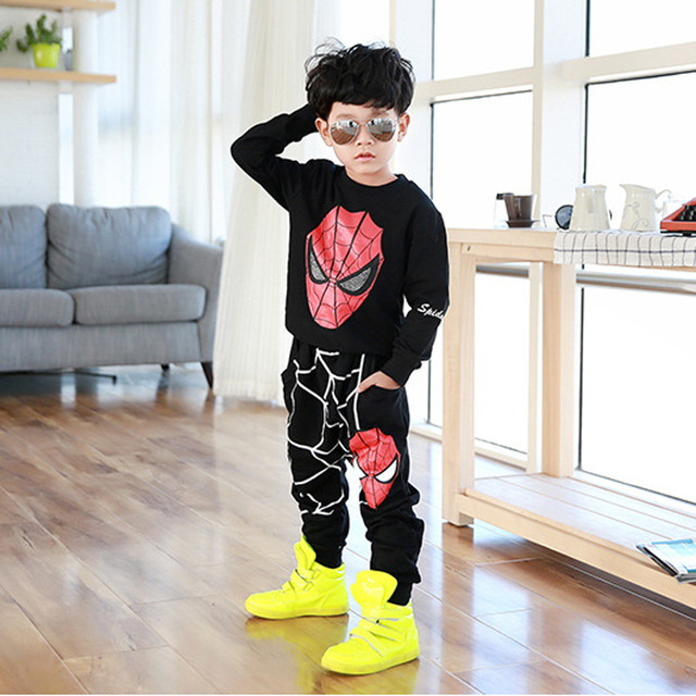 2017 New spiderman clothes sets girls boys spring and early autumn cartoon pattern t shirt+ trousers cotton material