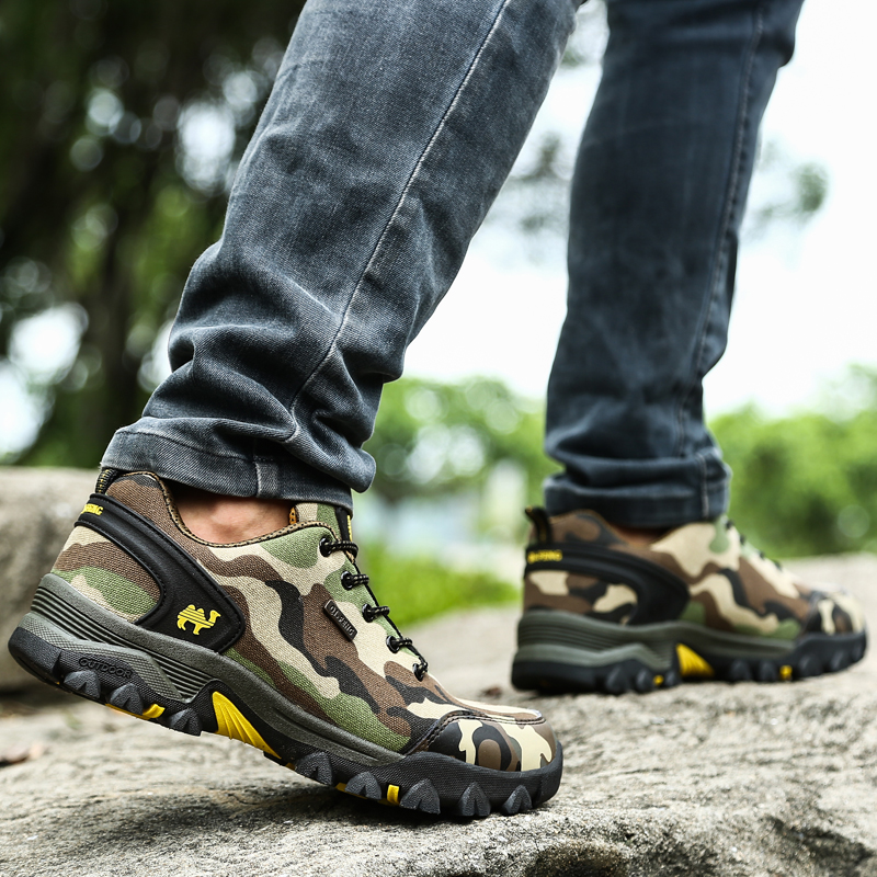Купить с кэшбэком 2019 Spring Men's Hiking Shoes Climbing Hunting Trekking Camel Camouflage Wearable Sports Sneakers For Men Tourism Outdoor Shoes