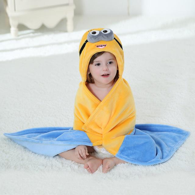 Esbirros de Dibujos Animados Oso Cosplay Newborn Baby Girl Boy Durmientes Fotografía Diseño Robe Pijamas de Franela Con Capucha Pijamas Para Bebés