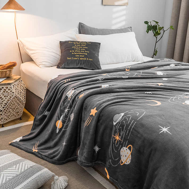 Starry sky bedspread blanket 200x230cm High Density Super Soft Flannel Blanket to on for the sofa/Bed/Car Portable Plaids