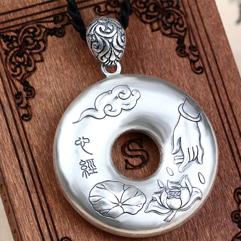 New Pure 925 Sterling Silver Carved Lotus Buddha Hand Scripture Round Pendant New Pure 925 Sterling Silver Carved Lotus Buddha Hand Scripture Round Pendant