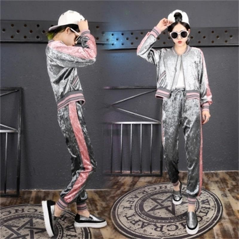 Femmes Vêtements de Haute Qualité Printemps Loisirs Ensemble De Mode de Femmes Deux-pièce 2018 Nouvelle Mode Or Velours Cardigan veste + Pantalon