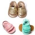1 pares de Bebé Sandalias Nueva Borla de La Manera Del Verano Zapatos de Bebé Zapatos Inferiores Suaves y Comodidad Transpirable Colorido TWS0219