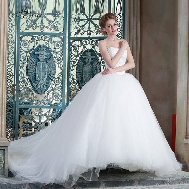 HSW1 Long Lace Wedding Gowns Strapless Princess Vintage Ball Gown ...